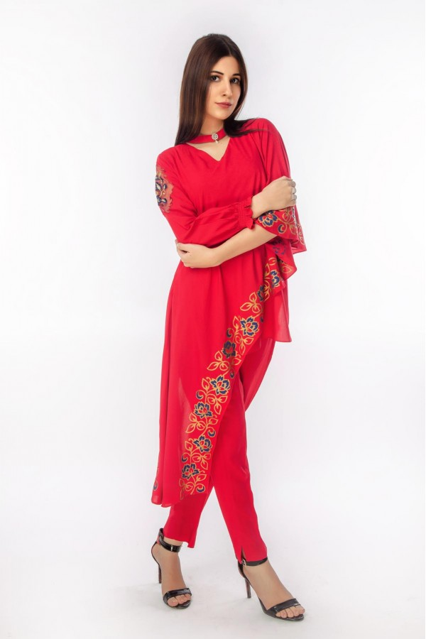 Valentine Red Linen with Side drop and choker
